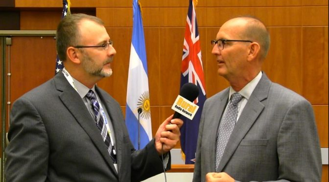 (L-R) RRN's Joe Gangwish with Nebraska State Ag Director Greg Ibach. (RRN Image)