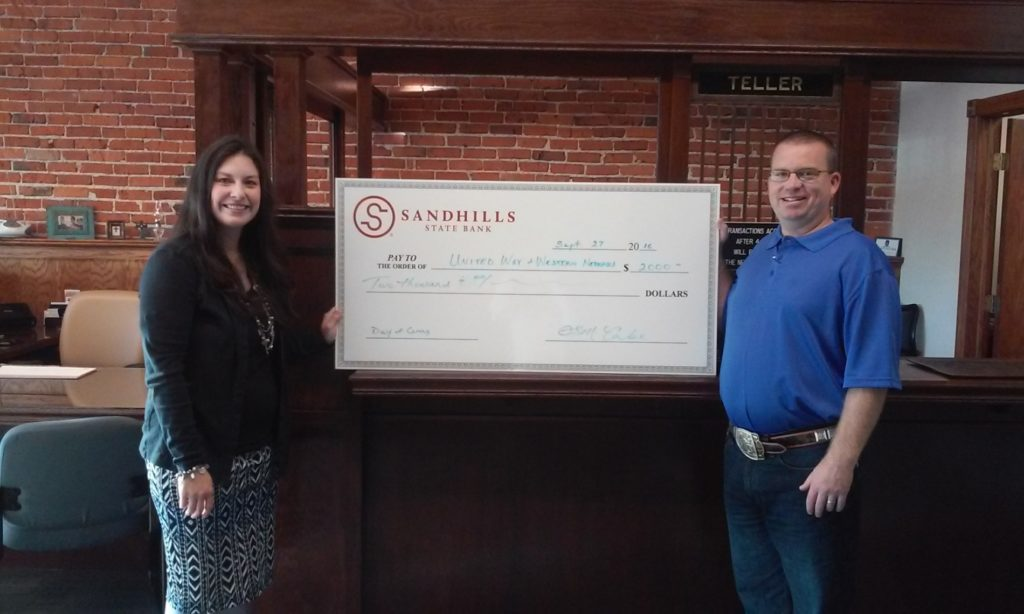 Sandhills State Bank Donates $2,000 to United Way Day of Caring