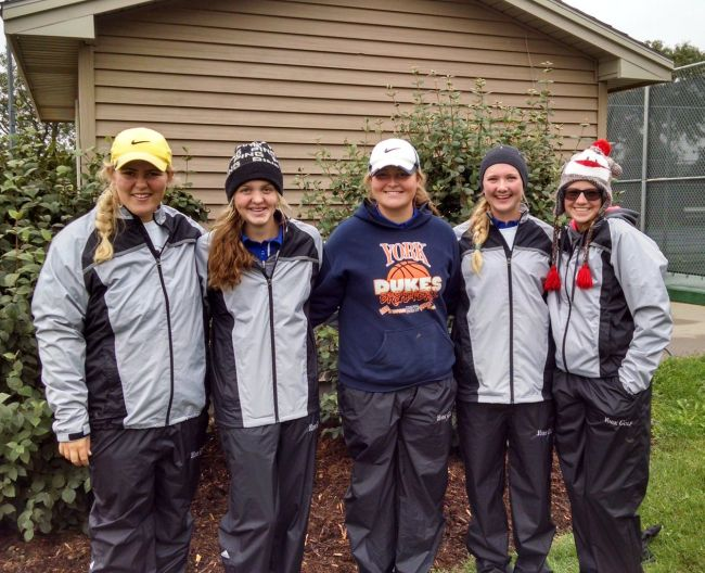 Redfern and York golf finish in third at Hastings Invite