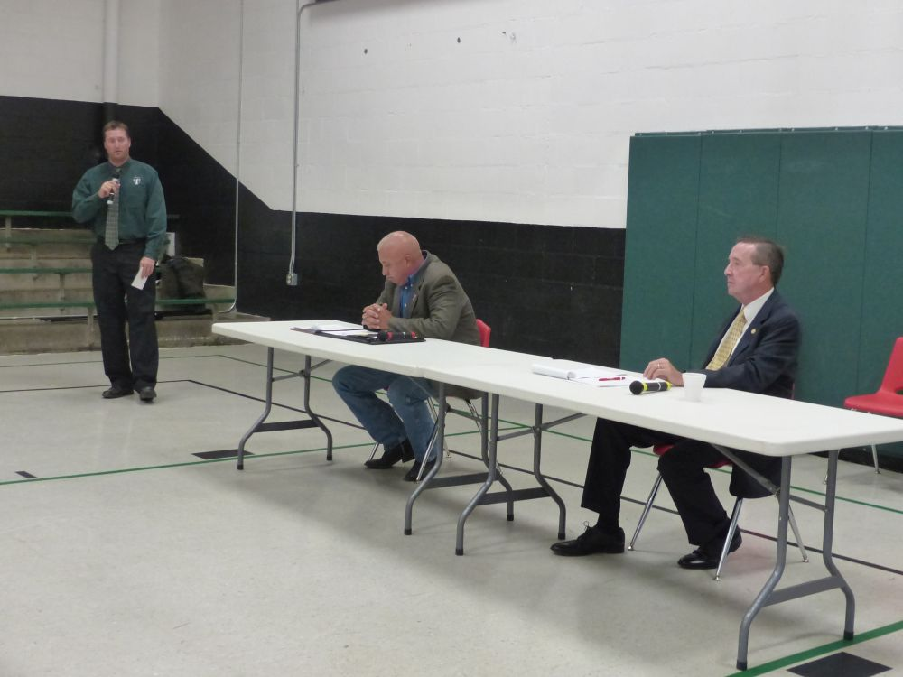 Candidate's forum in Thedford included Dist. #43 Legislative race