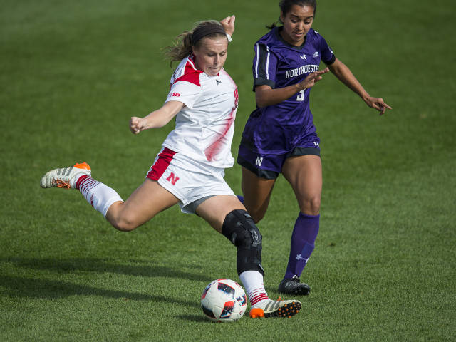 Huskers, Wildcats Play to Scoreless Draw