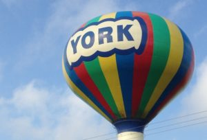 (Video) York balloon tower places runner-up in Tank of the Year competition