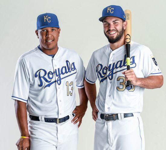 Courtesy_Royals_Hosmer-and-Perez-Gold-Th