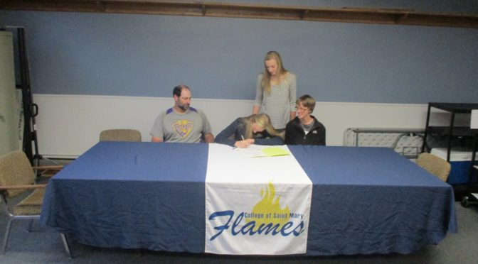 RRN/Jess Fleischman Signs with College of Saint Mary