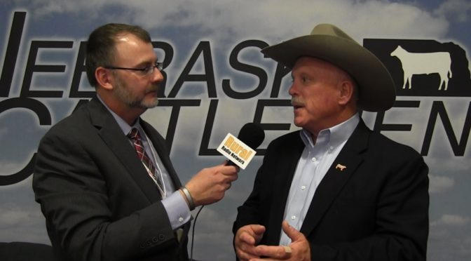 (L to R) KRVN/RRN's Joe Gangwish with NCBA VP Kevin Kester from the Nebraska Cattlemen Convention in Kearney. (RRN Image)