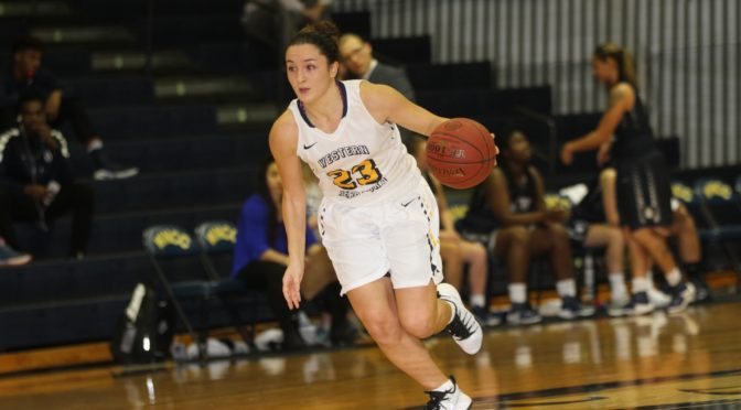 Zeynep Canbaz scored 22 points in win Friday night.