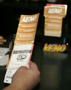 Regulators accuse keno operator of hundreds of violations