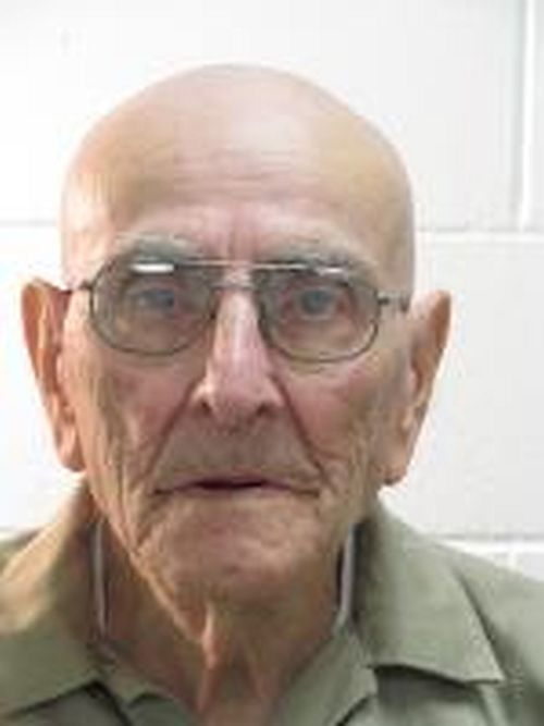 Inmate from southwest Nebraska dies in prison
