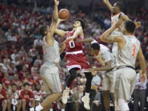 Huskers Fall to Illinois