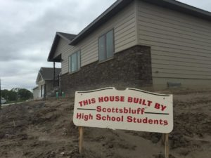 Scottsbluff schools has options as it considers student construction learning