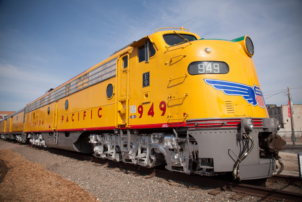 Union Pacific to close Nebraska Panhandle locomotive shop