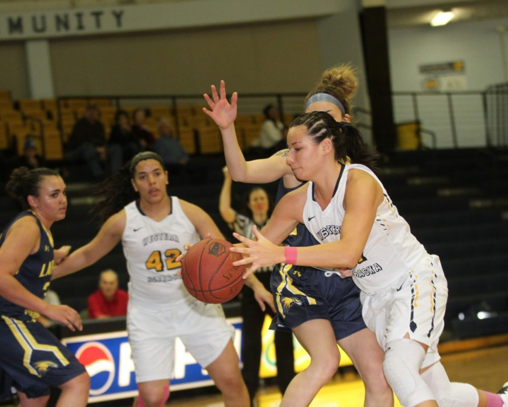 WNCC cruises to 54-point win over LCCC