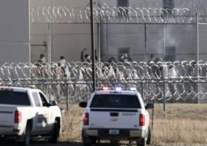 Prison staff questioned in fire started by Nebraska inmate