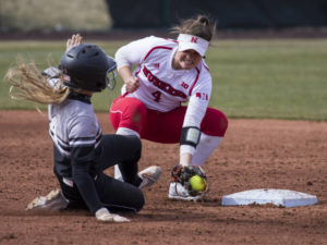 Home Runs Power Huskers to win over Omaha