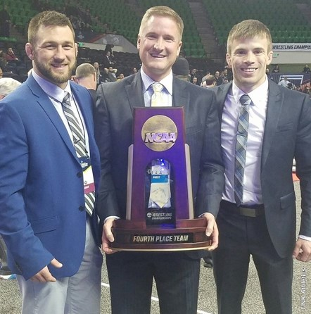 Lopers Finish 4th At National Tourney