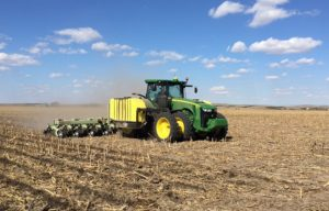 Global Demand for Farm Tractors to Increase 5.5% Annually Through 2022