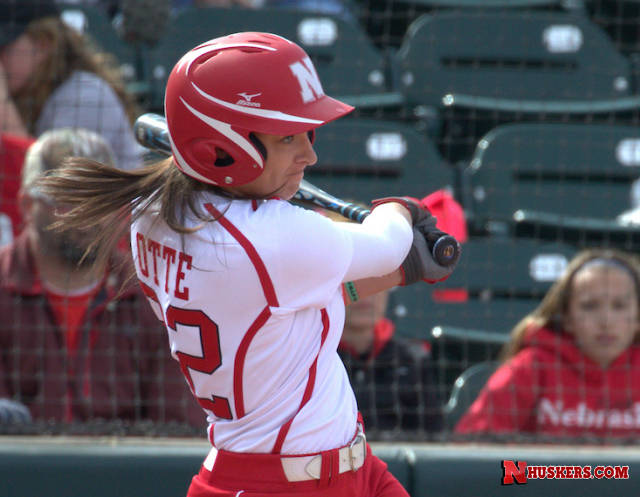 Huskers Complete Sweep of Rutgers