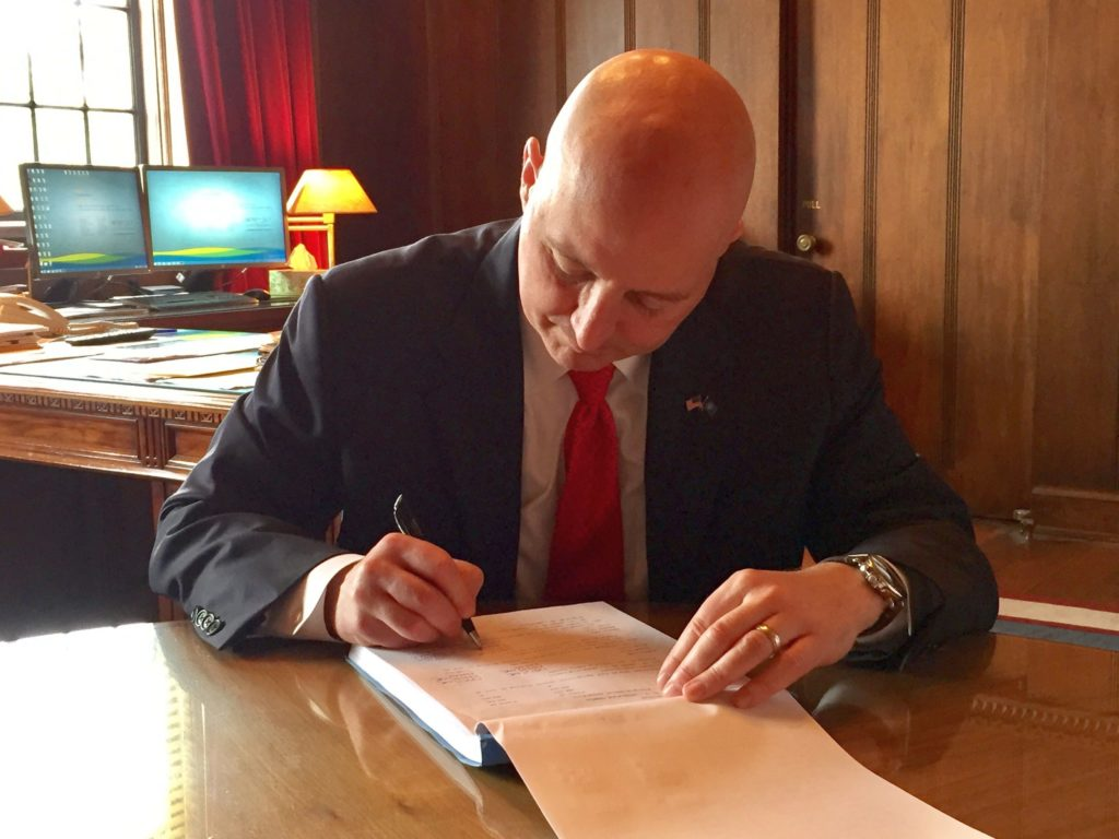 (AUDIO) Gov. Ricketts Vetoes $56.5 Million in Spending to Protect the Budget