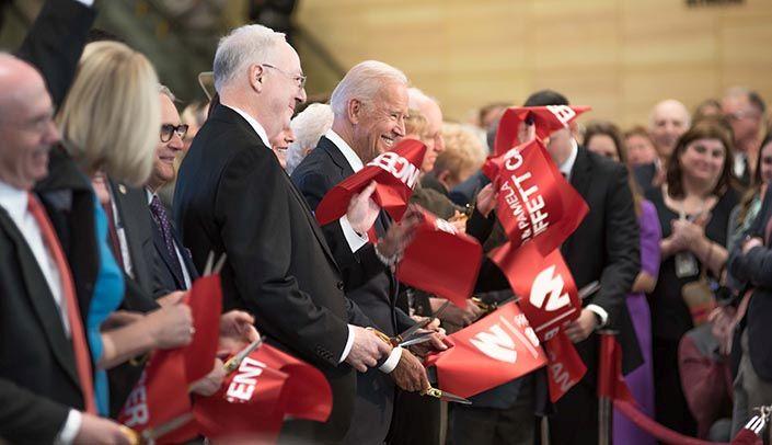 Former VP delivers keynote address at ribbon-cutting/dedication for Fred & Pamela Buffett Cancer Center