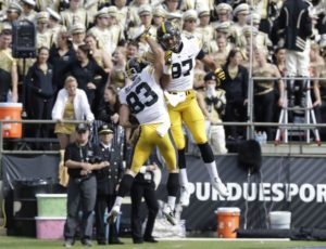 Iowa tight end threatened with gun in hometown of Omaha