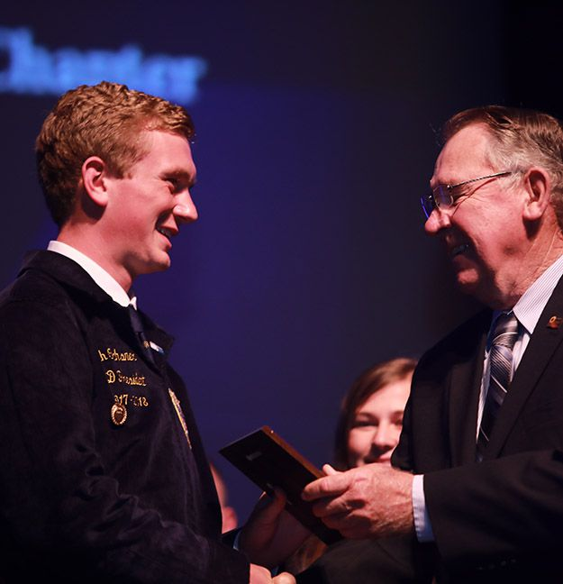 5 KS FFA Members Receive KFB Discussion Meet Awards