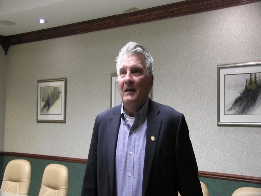 Senator John Stinner announces bid for re-election