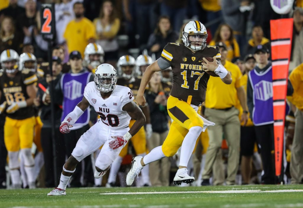 Wyoming to Face Iowa in First Meeting in 30 Years