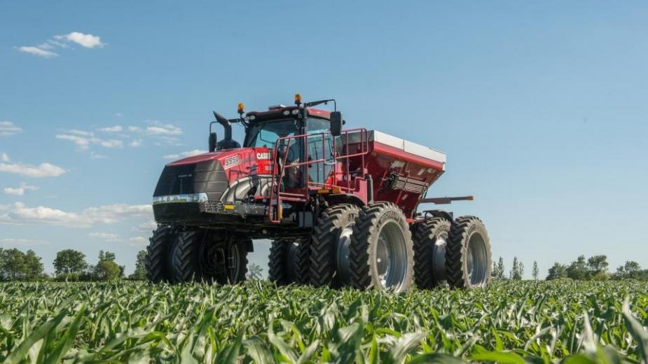 Case IH Introduces Fastest Converting Applicator