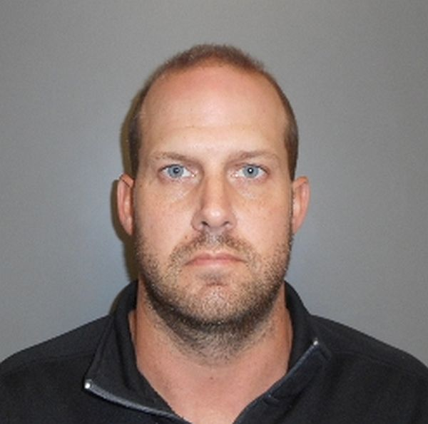Gothenburg man charged with multiple counts of identity theft