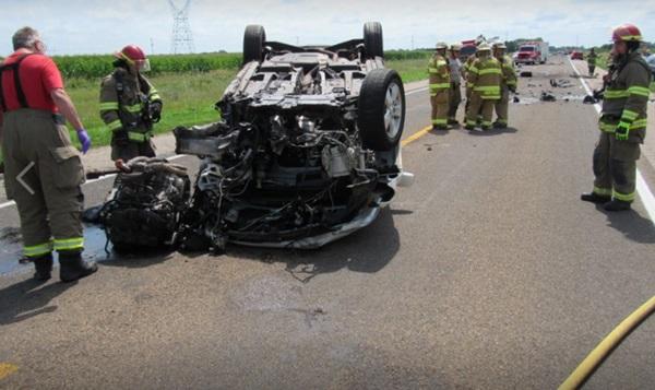 Three-vehicle Merrick county crash results in minor injuries