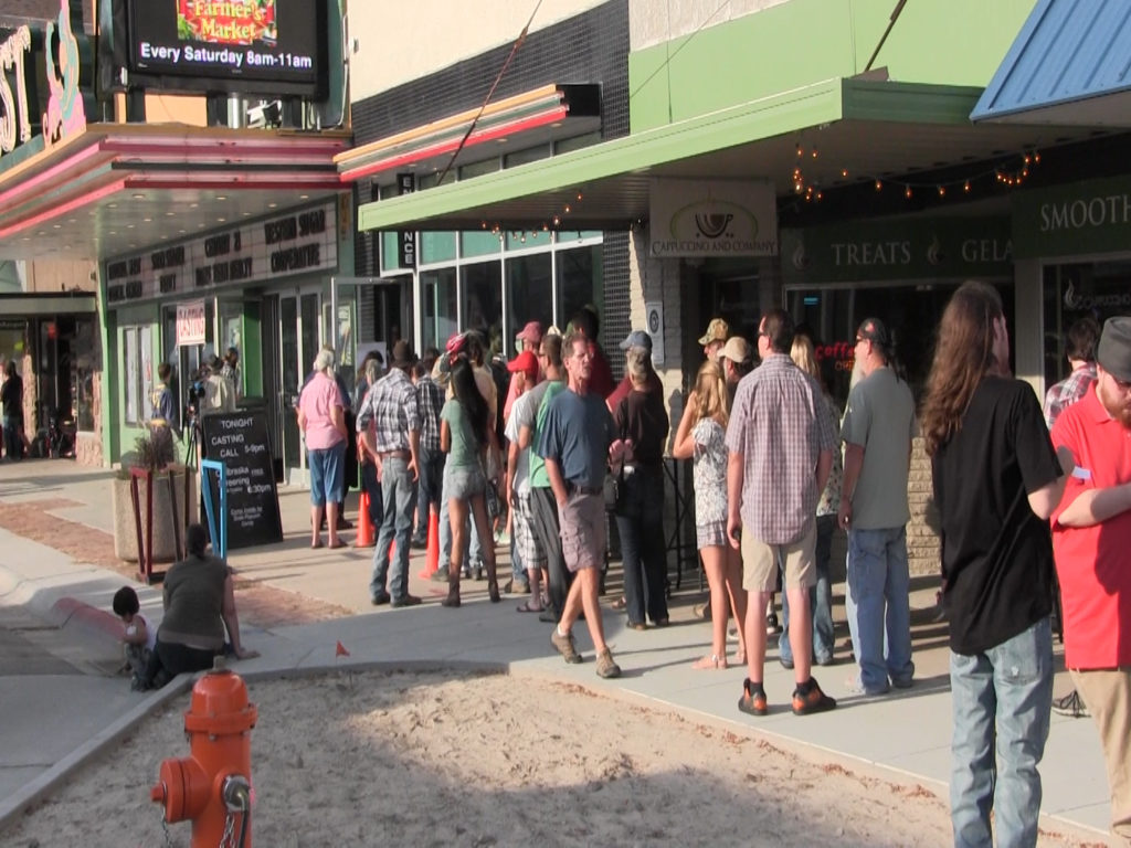 Upwards of 1,000 show up to Coen Brother's casting call