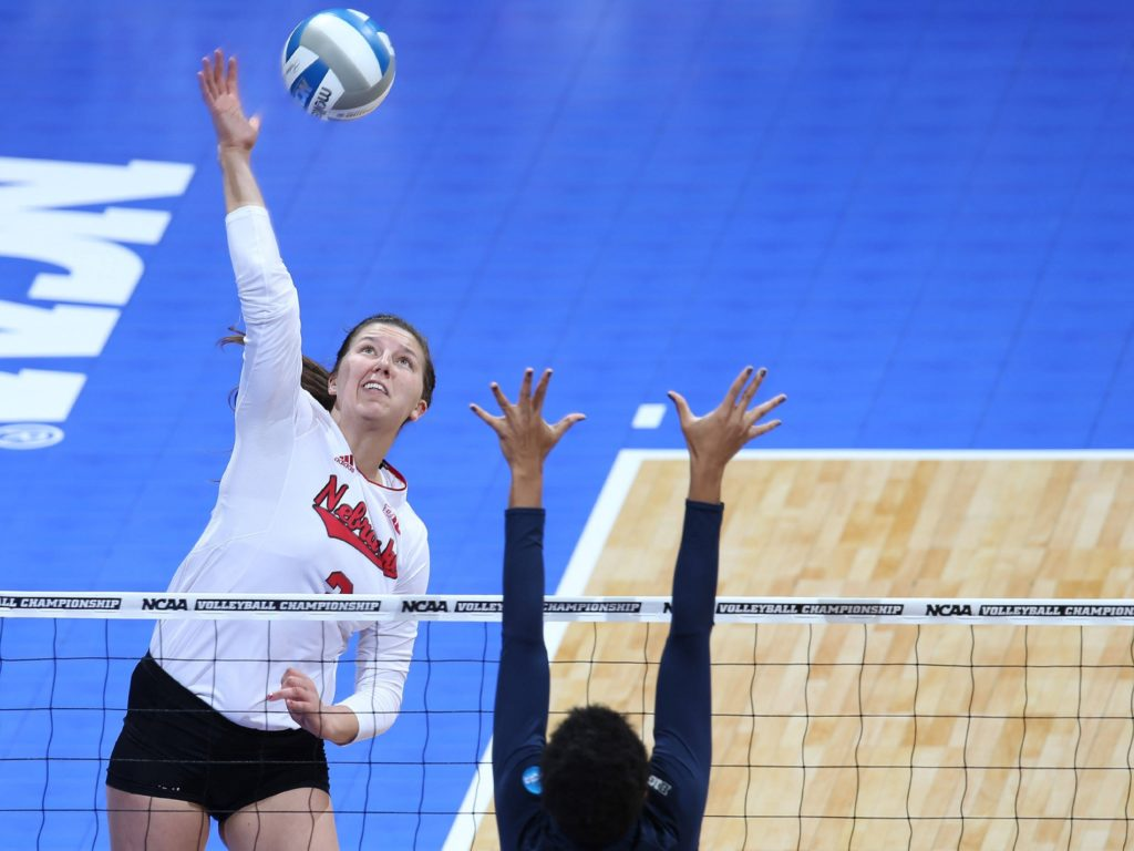 Huskers Come Up Just Short in 3-2 Loss at Florida