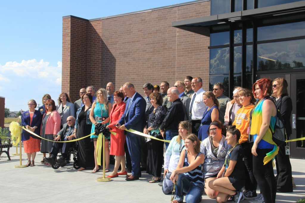 Wyoming Governor helps dedicate EWC's new Career and Trade Education Center
