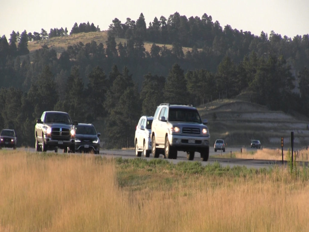 Eclipse traffic begins early Monday morning