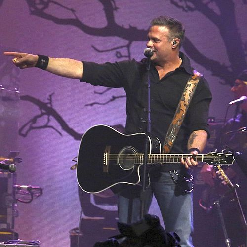 Troy Gentry of Montgomery Gentry dies in helicopter crash