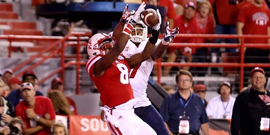 Husker Defense Unifies in Preparation for Illinois