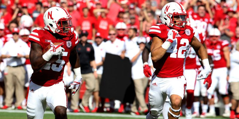Huskers Run Past Rutgers