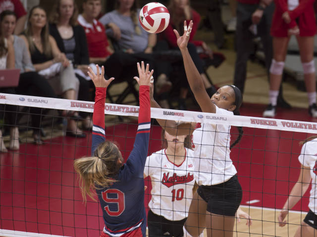 Huskers Sweep Gaels to Win Ameritas Challenge