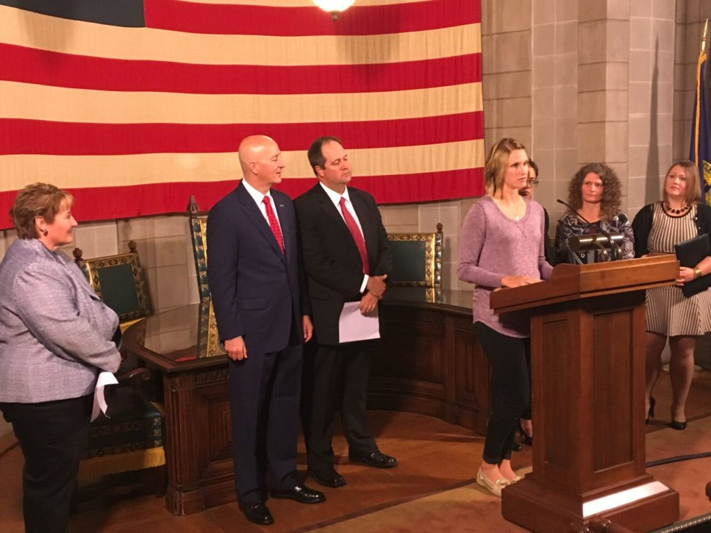 Gov. Ricketts Honors 2017 Recipients of the Governor's Wellness Award