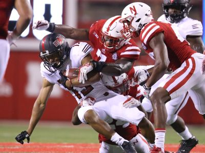 Huskers Start Preparing For Oregon