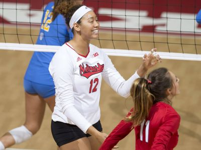 NU Sweeps UCLA For A Second Straight Night