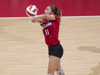 Huskers Open Omaha Challenge With Sweep of KSU