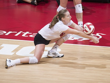 Huskers roll Bruins