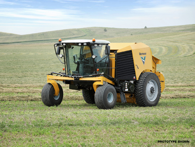 (VIDEO) Vermeer Introduces World's First Self-Profelled Round Baler
