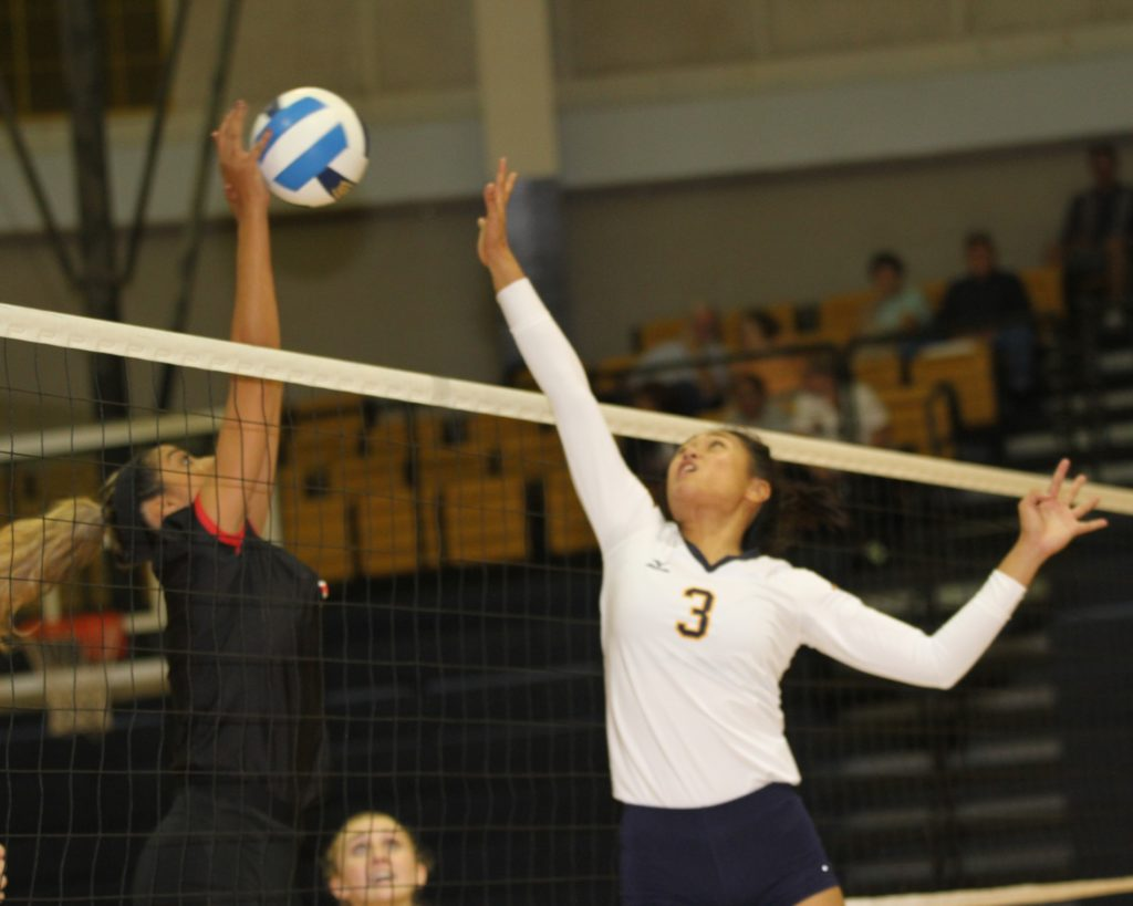WNCC tops Casper in five sets