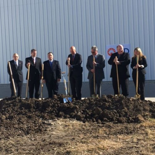 Gov. Ricketts Attends Groundbreaking Ceremony for Becton Dickinson Facility