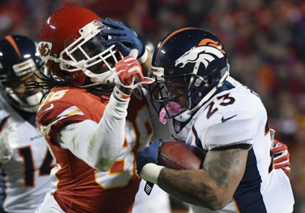 Chiefs Roll Broncos At Home