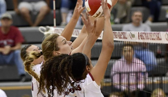 Hastings College Sweeps Midland