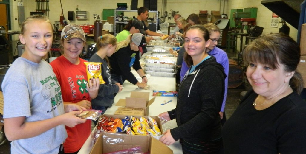 HOLDREGE FFA CHAPTER PROVIDES MEALS TO  HARVEST CREWS AND TERMINALS