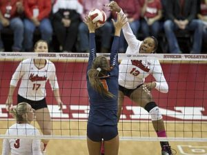 Huskers Top Illinois 3-1